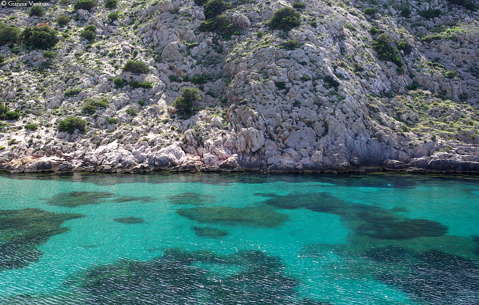 Crystal clear waters in Armeos